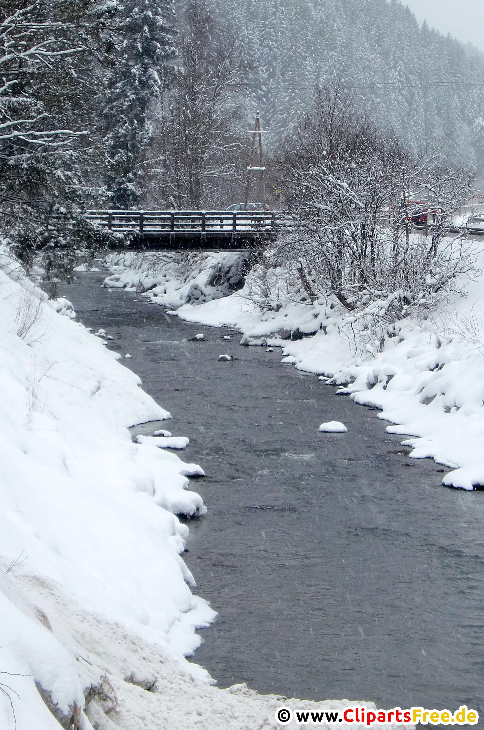 Fluß im Winterwald Foto kostenlos